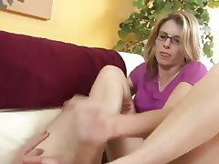 Mom son sex gives it up